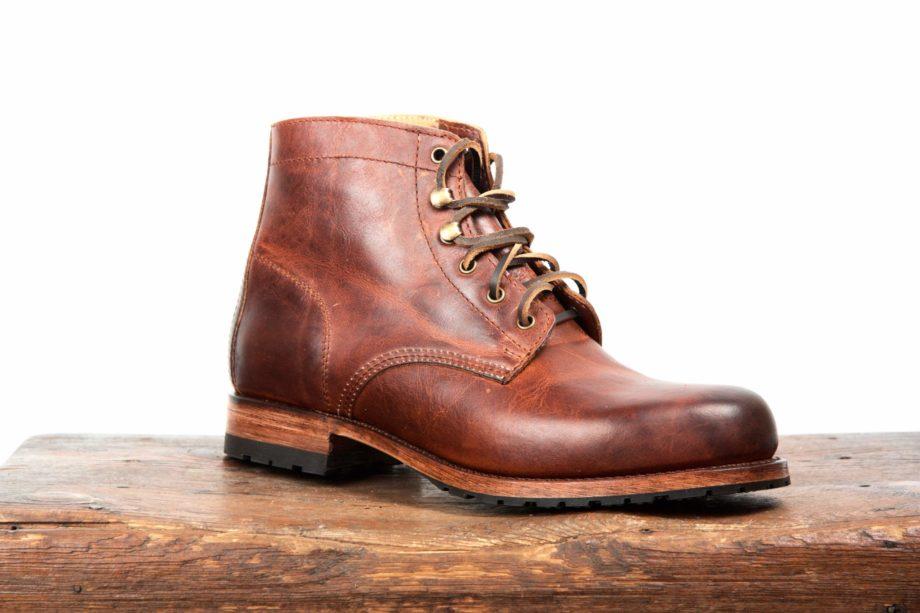 Brune rundsnudede læderstøvler fra Sendra