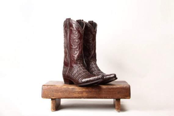Brun Cowboystøvle i brunt alligatorskind fra Sendra