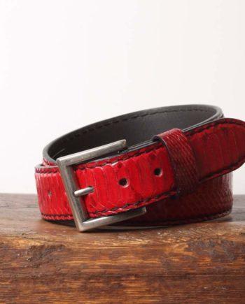 Håndlavet rødt læderbælte i python