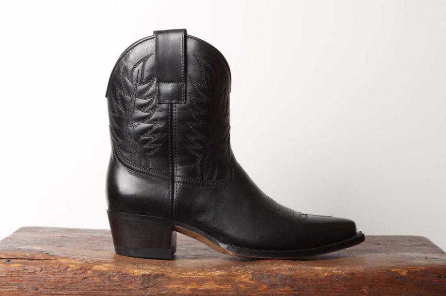 Sort mellemhøj cowboystøvle til kvinder